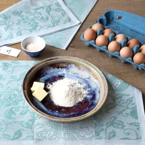 Granada Green Jacquard Tea Towel with Eggs